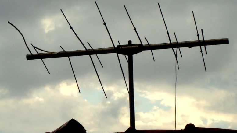 Will Bent Antenna Elements Affect Your Reception? - The